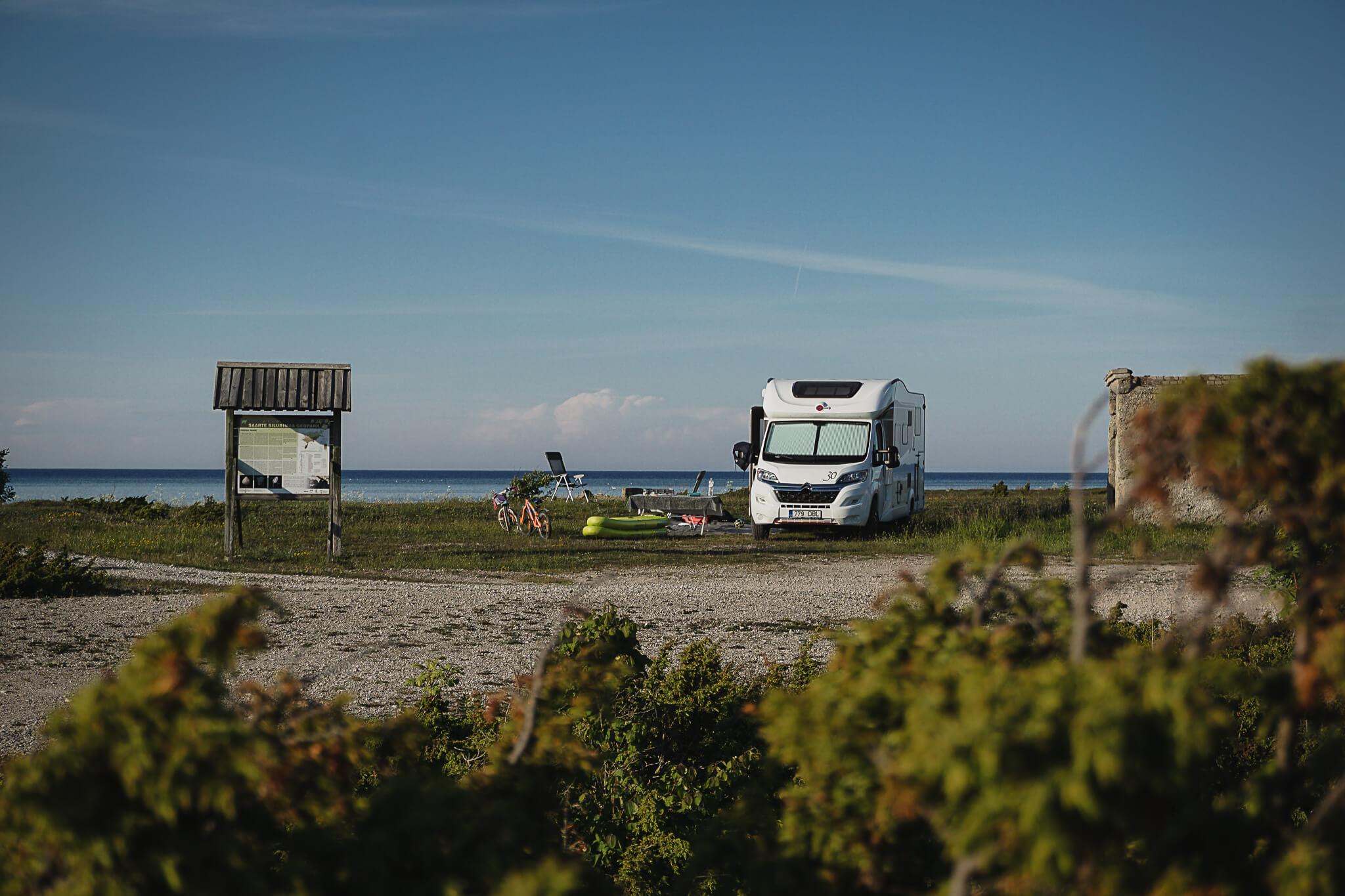 Matkaautoga Saaremaale